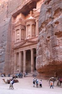 Das Khazne al-Firaun ist die wohl bekannteste Sehenswürdigkeit von Petra.