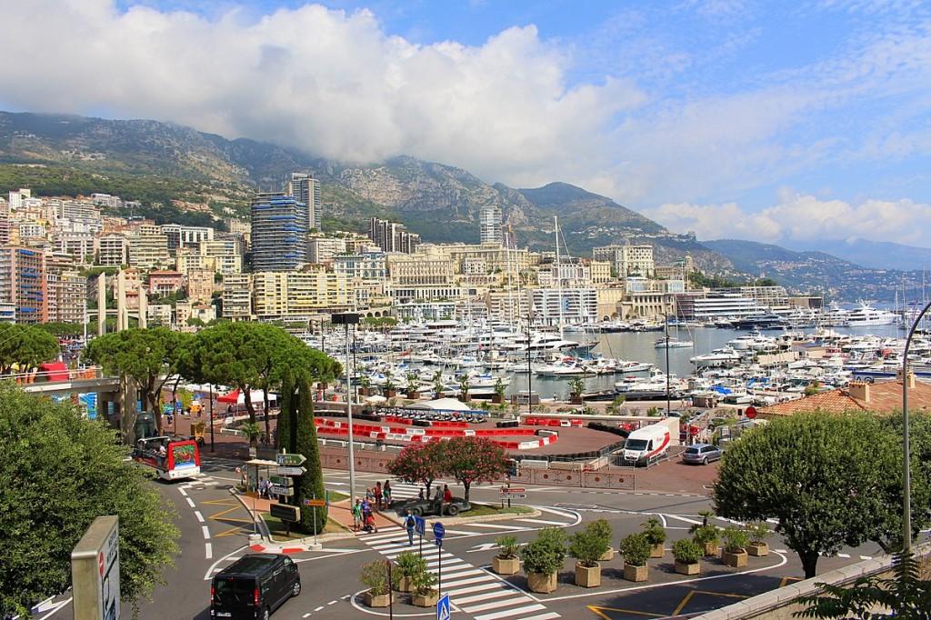 In Monaco kann man sowohl die französischen wie auch die italienischen Mobilfunknetze nutzen.