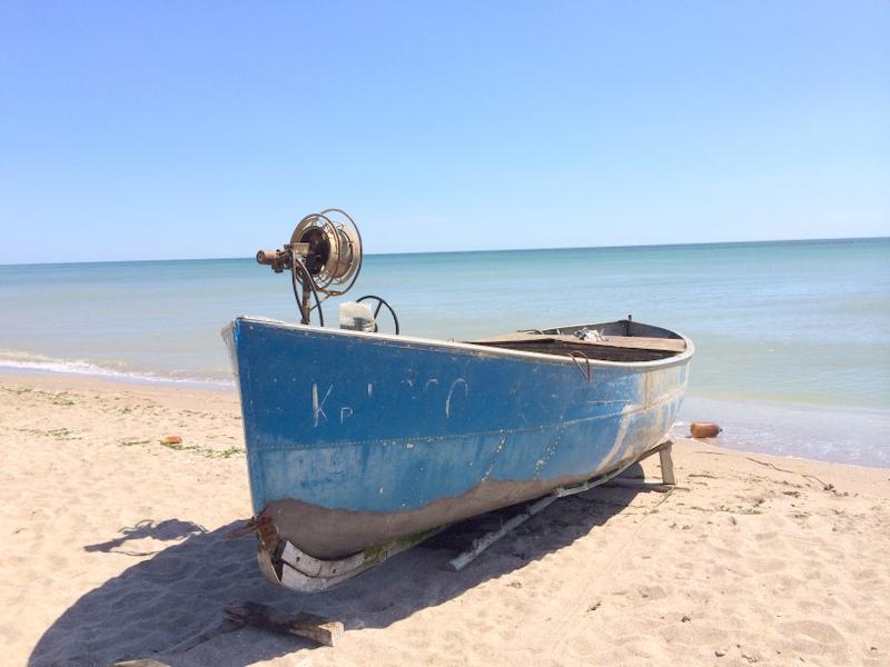 Im Fischerdorf Krapets stehen die Boote bereit für den nächsten Fischfang.