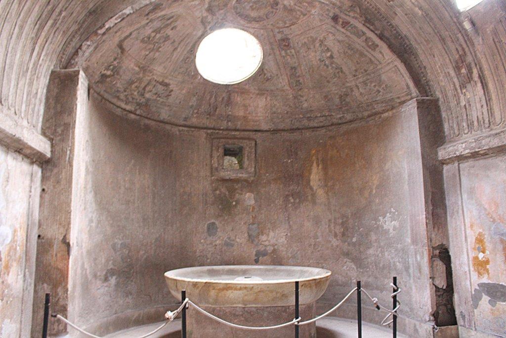 Pompeji Therme Becken Wasser