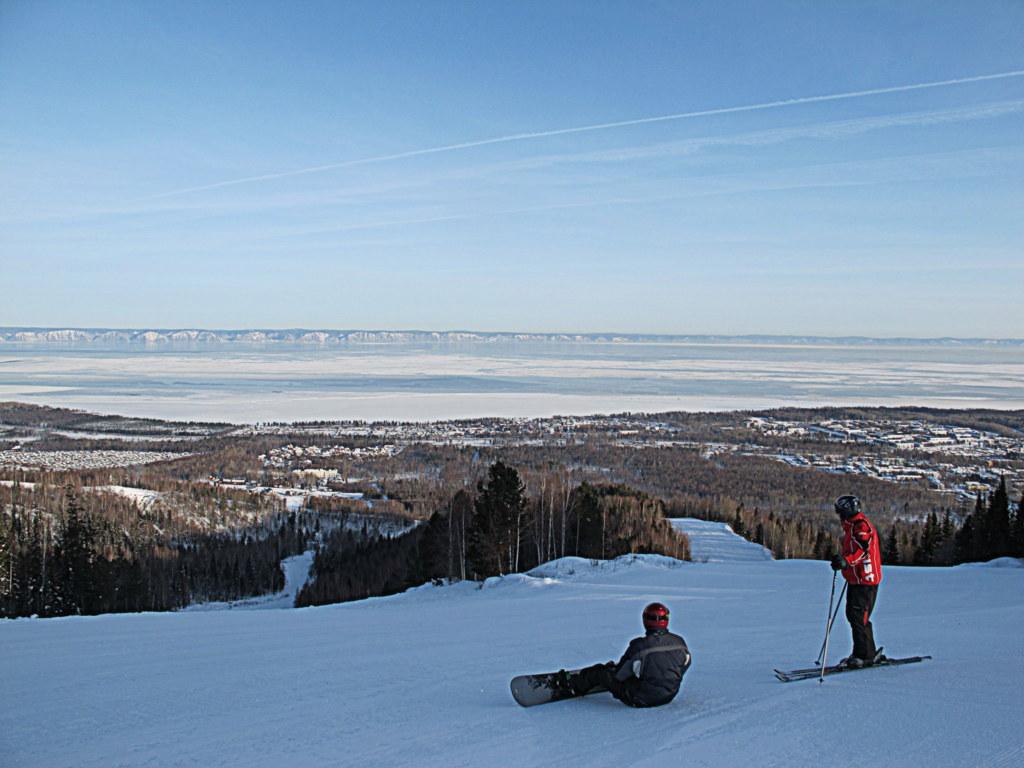 Der Blick über den Baikalsee beim Skifahren war schon ein echtes Highlight.