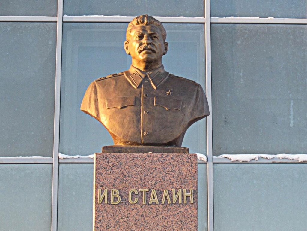 Ein Denkmal für Josef Stalin in Jakutsk.