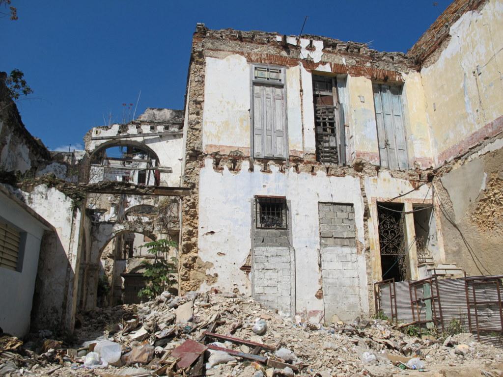 In Havanna gibt es immer noch viele kaputte Häuser.