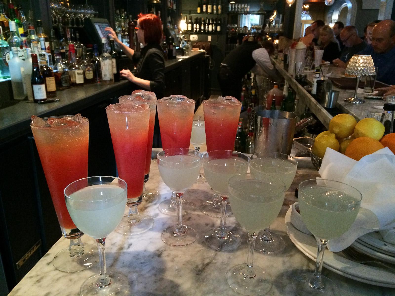 New Orleans hat mehr als ein Dutzend Cocktails hervorgebracht.