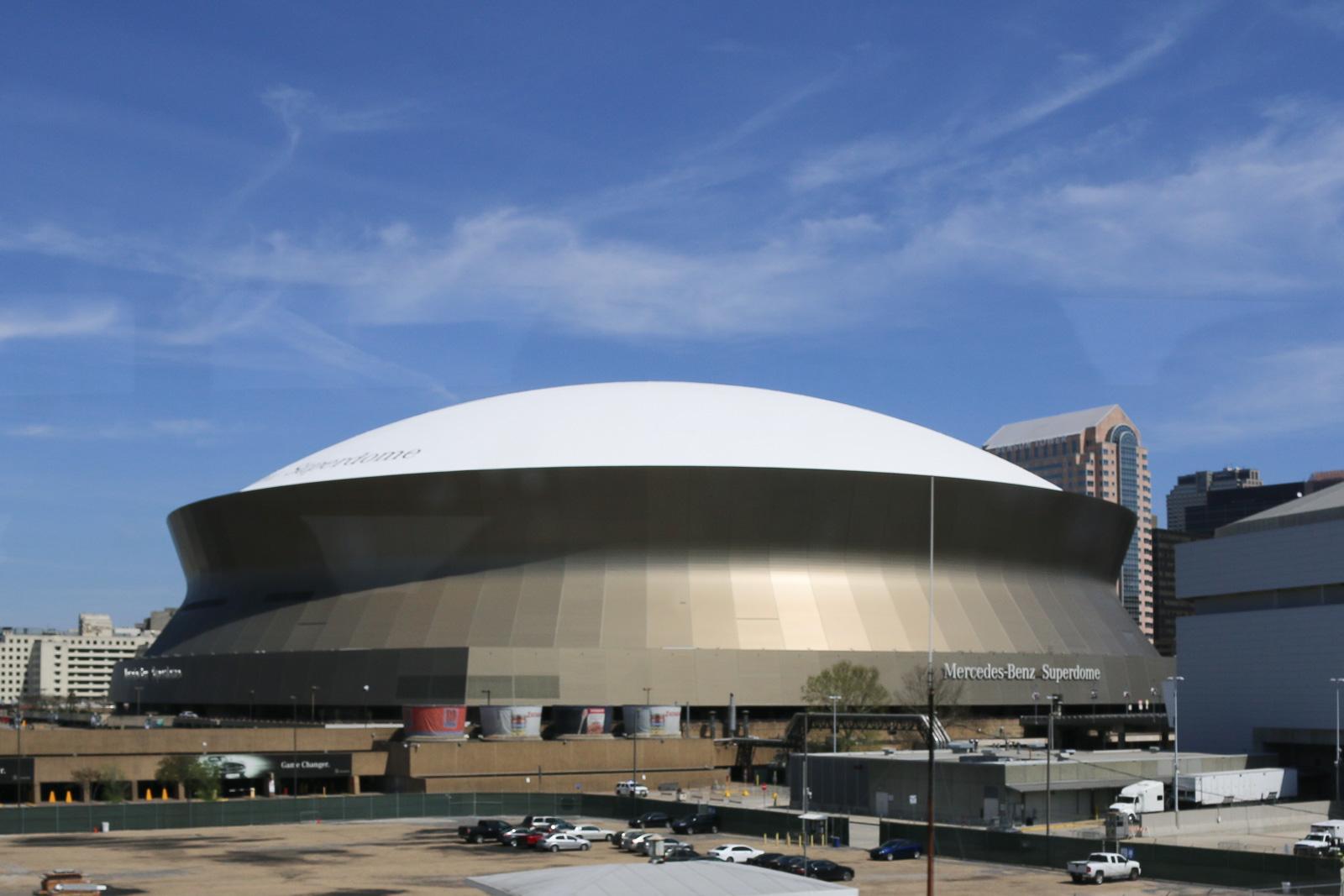 Im Superdome von New Orleans waren nach dem Hurrikan Katrina zeitweise mehrere tausend Menschen eingeschlossen. Heute wird hier wieder Sport gespielt.