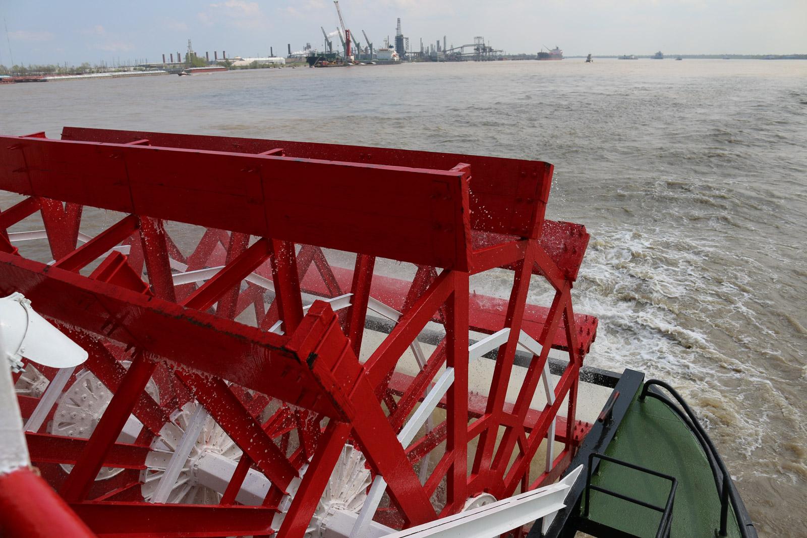 Bei einer Bootstour mit dem Misssissippidampfer Natchez ist man dem viertlängsten Fluss der Welt am nächsten.
