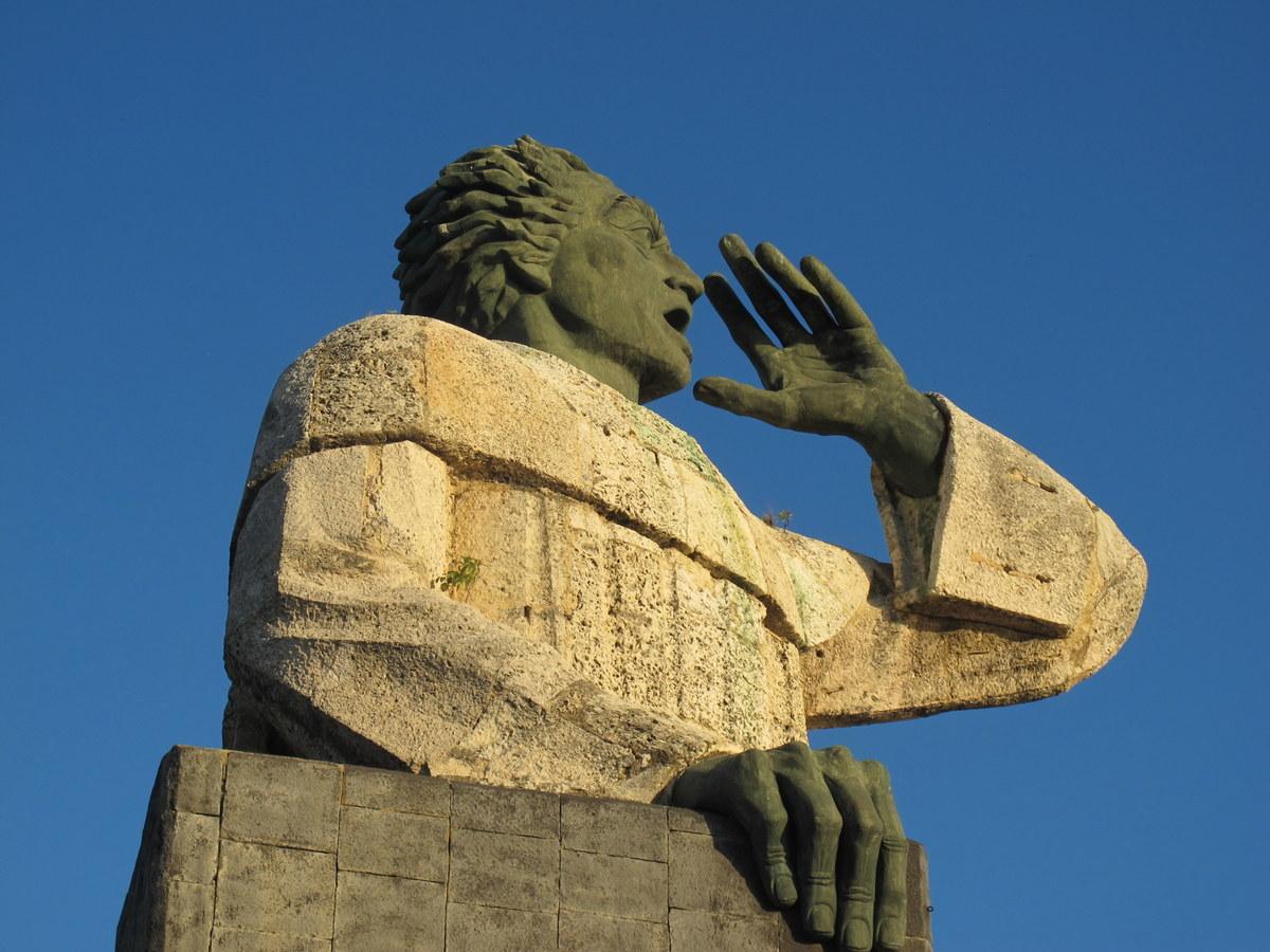 Das Denkmal des klagenden Indianers in Santo Domingo.