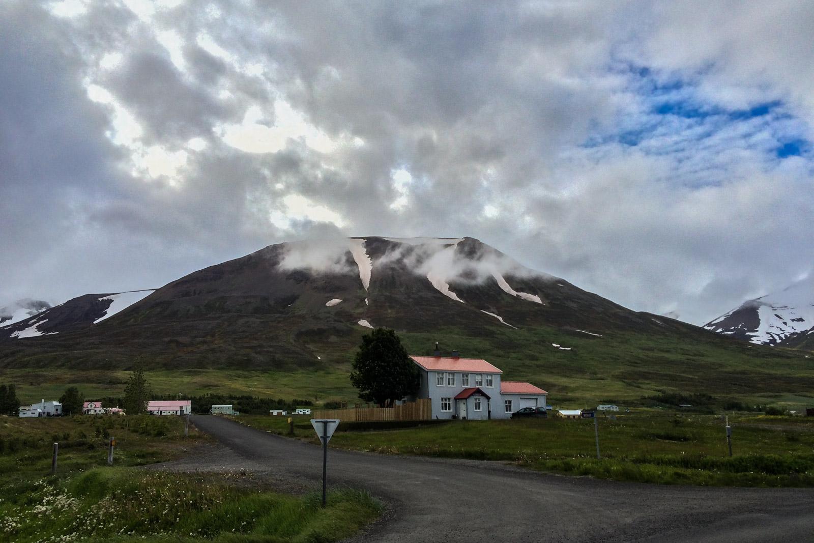 Schon der Weg nach Siglufjordur ist malerisch.