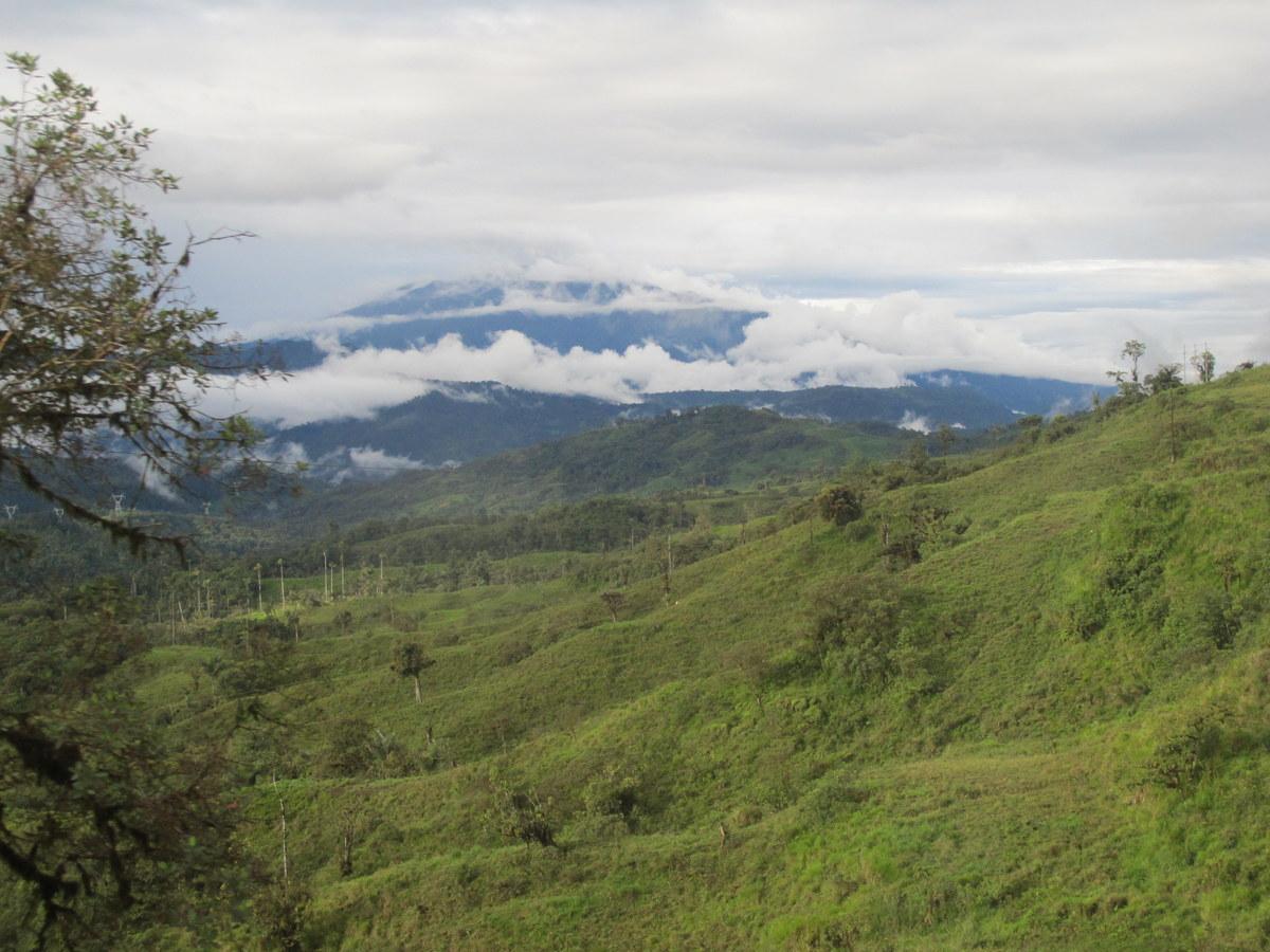 Durch die Wolken in Ecuador.