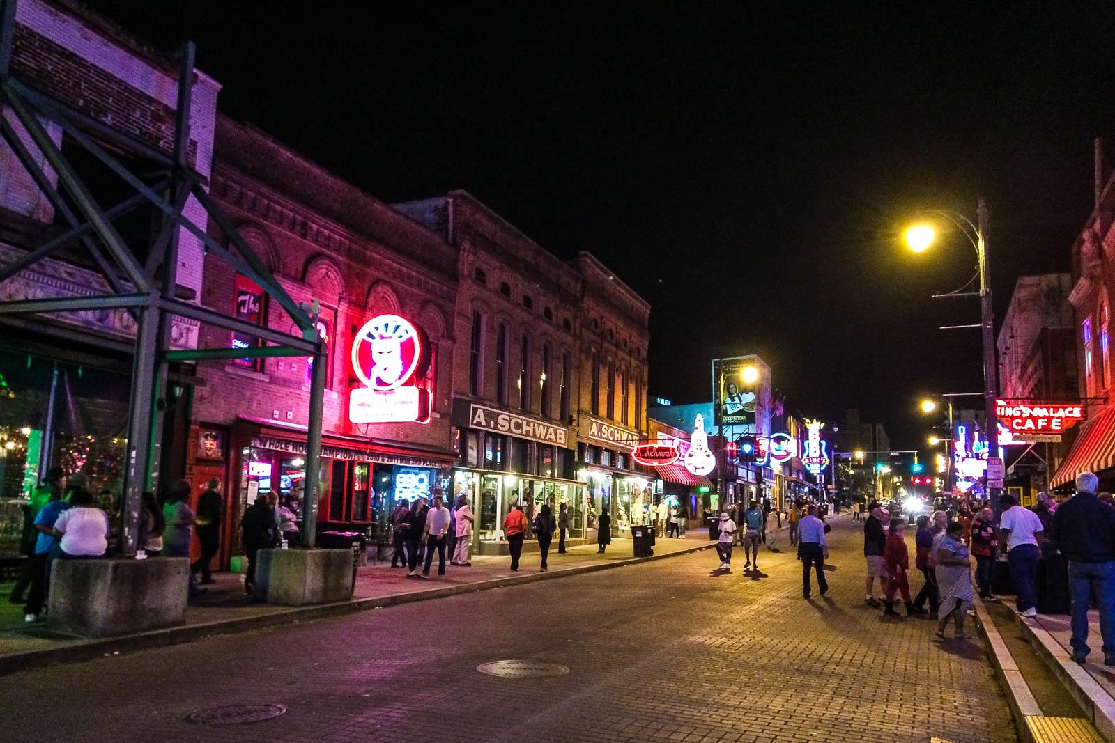 Bars Beale Street Memphis